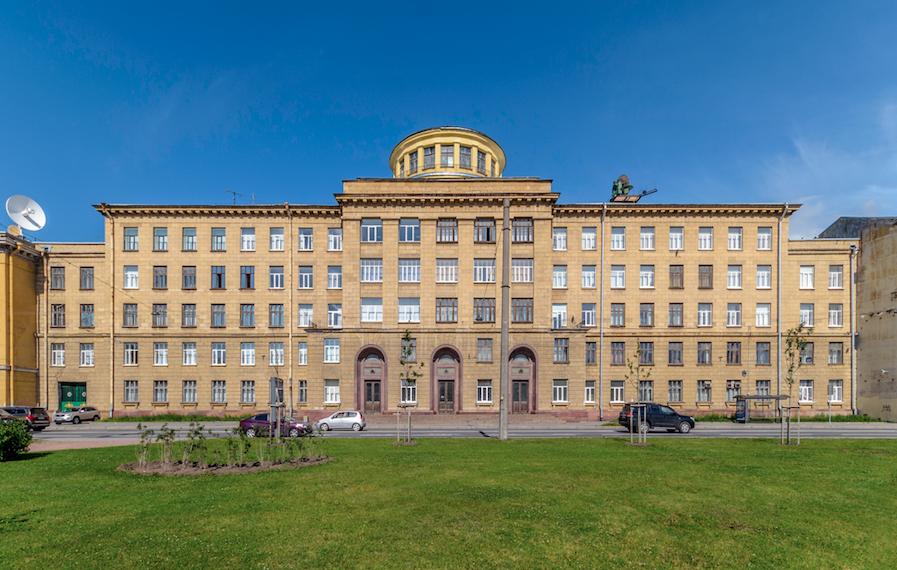 Здание Военно-космической академии имени Можайского / wikipedia.org