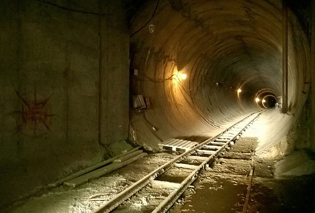 Один из тоннелей омского метро/upisfree/wikipedia.org