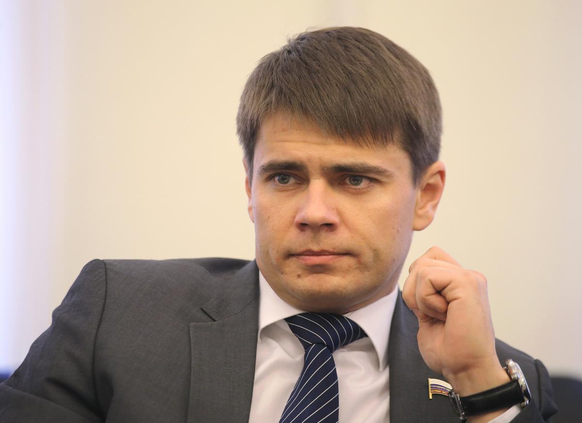 Депутата Боярского неприятно удивили петербуржцы без масок в метро